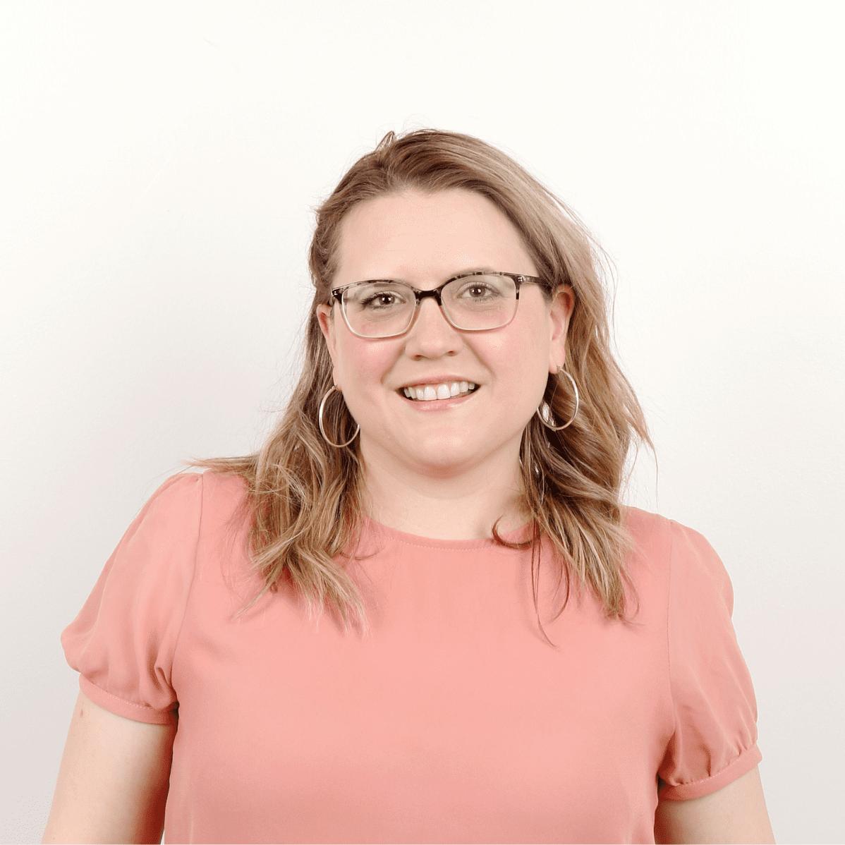 Responsable des communications stratégiques de l'ACELF - Annie Côté